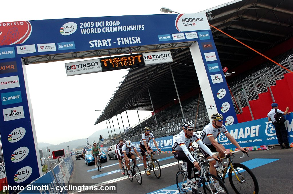 UCI Road World Championships LIVE video streaming - Day 3   www.cyclingfans.com