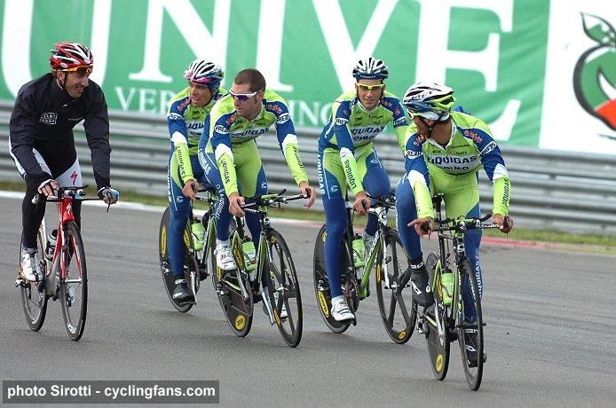 2009_vuelta_a_espana_assen_gp_circuit_liquigas_team3.jpg