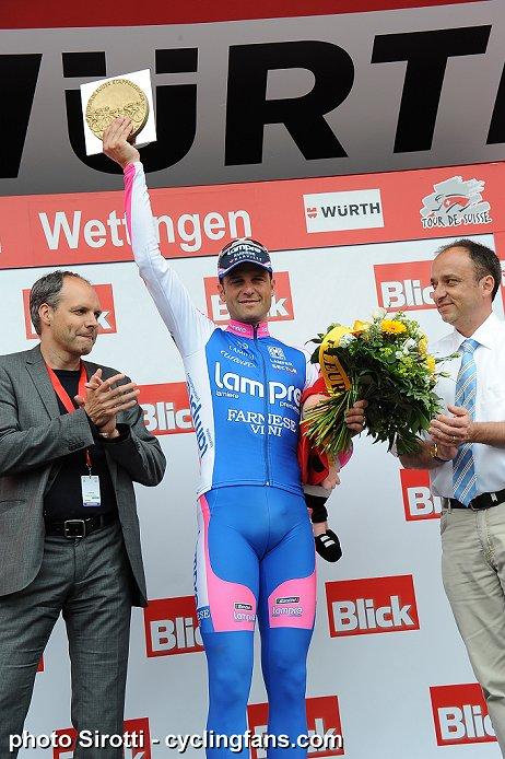 Photos Tour de Suisse 2010 2010_tour_de_suisse_stage4_alessandro_petacchi_lampre_victory_podium1a